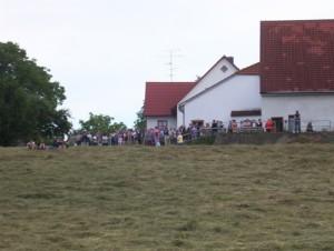 26_06_2004 Grillfeier Schuetzen - Boellerdemonstration Zuschauer 3