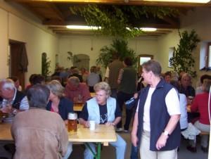 26_06_2004 Grillfeier Schuetzen - Die Feier in vollem Gange