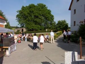 26_06_2004 Grillfeier Schuetzen - Langsam gehts los